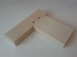 Caja y espiga con pasantes. foto1