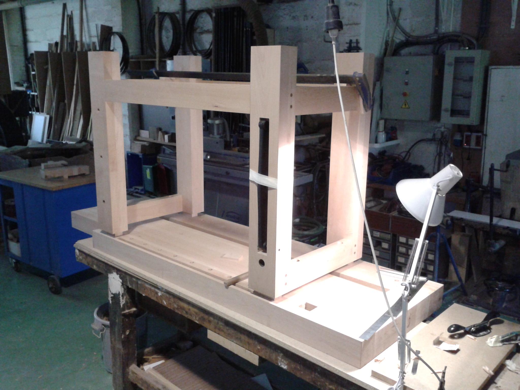 Trabajo de carpintero de madera gallery of banco - Carpintero de madera ...
